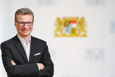 Kunstminister Bernd Sibler verkündet Förderung des Opernfestivals Oberpfalz